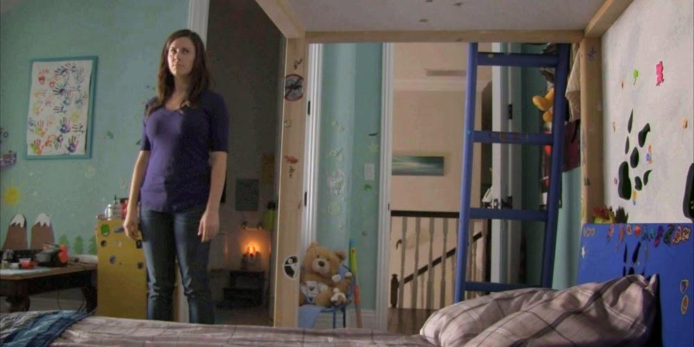 Katie Featherston em ATIVIDADE PARANORMAL 4 (Paranormal Activity 4)