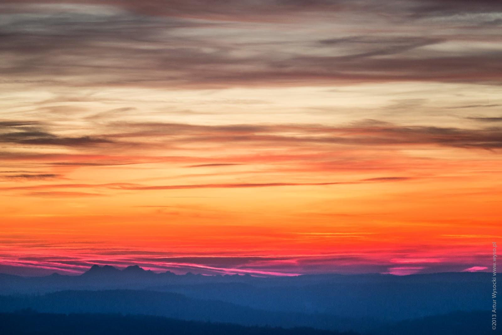 Tatry, Rzeszów, Tatry z Rzeszowa, cienie gór, cień Alp, Alpy Julijskie, cienie na chmurach