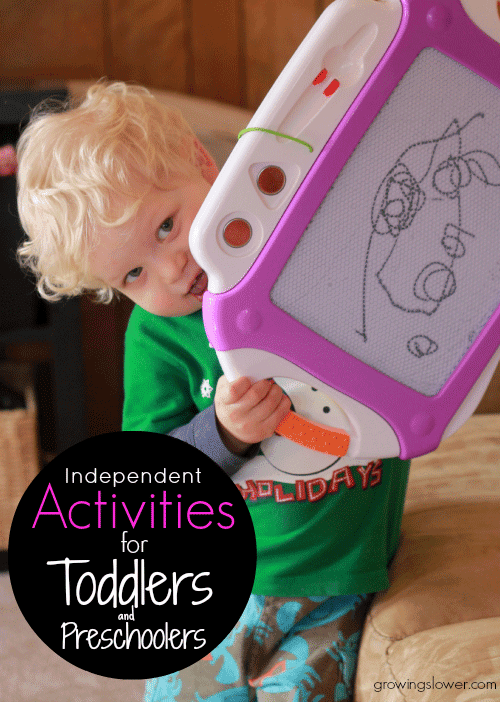 Get ideas for keeping your toddler or preschooler occupied with these independent activities and supplies checklist. www.growingslower.com #toddleractivities #preschoolactivities