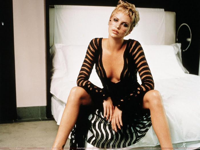 Charlize Theron HD Wallpaper -04