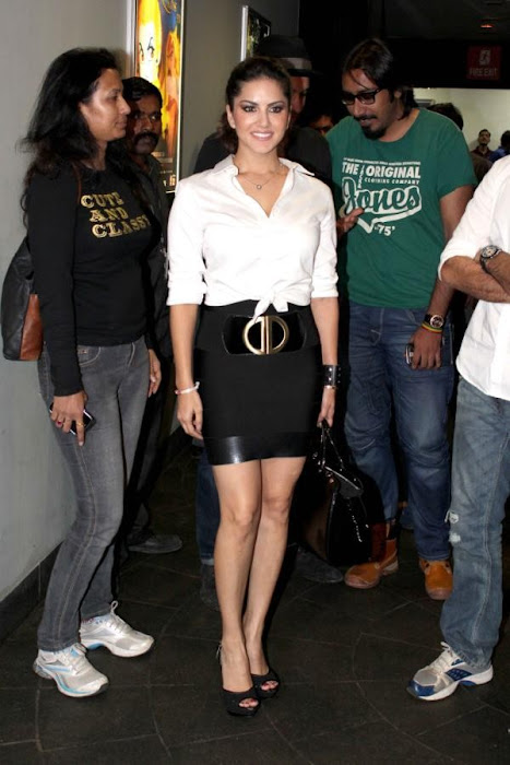 sunny leone at cinemax photo gallery