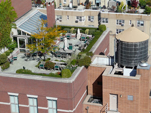 Rooftop garden irrigation system