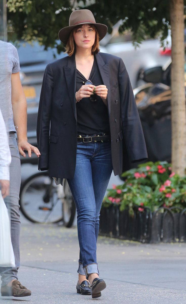 Dakota Wearing GUcci loafers, Dakota style