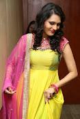 Swetha jadhav latest glam pics-thumbnail-3