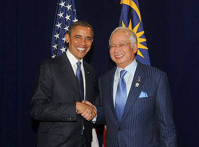 http://www.bharian.com.my/bharian/articles/ObamadengarsuaraKL/Article/