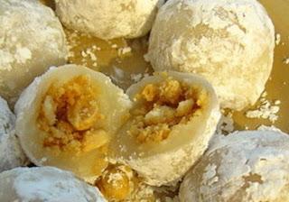 kue mochi isi kacang tanah