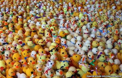 http://4.bp.blogspot.com/-l7jFI_EFb90/U1DGD2fHiUI/AAAAAAAASsg/3haWwB-6KiA/s400/chick+knit.jpg