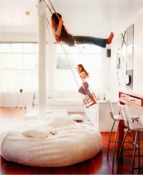 indoor swing bedroom living room design frog hill designs blog. Black Bedroom Furniture Sets. Home Design Ideas