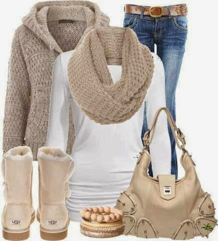 ugg-booths-and-comfy-winter-outfit
