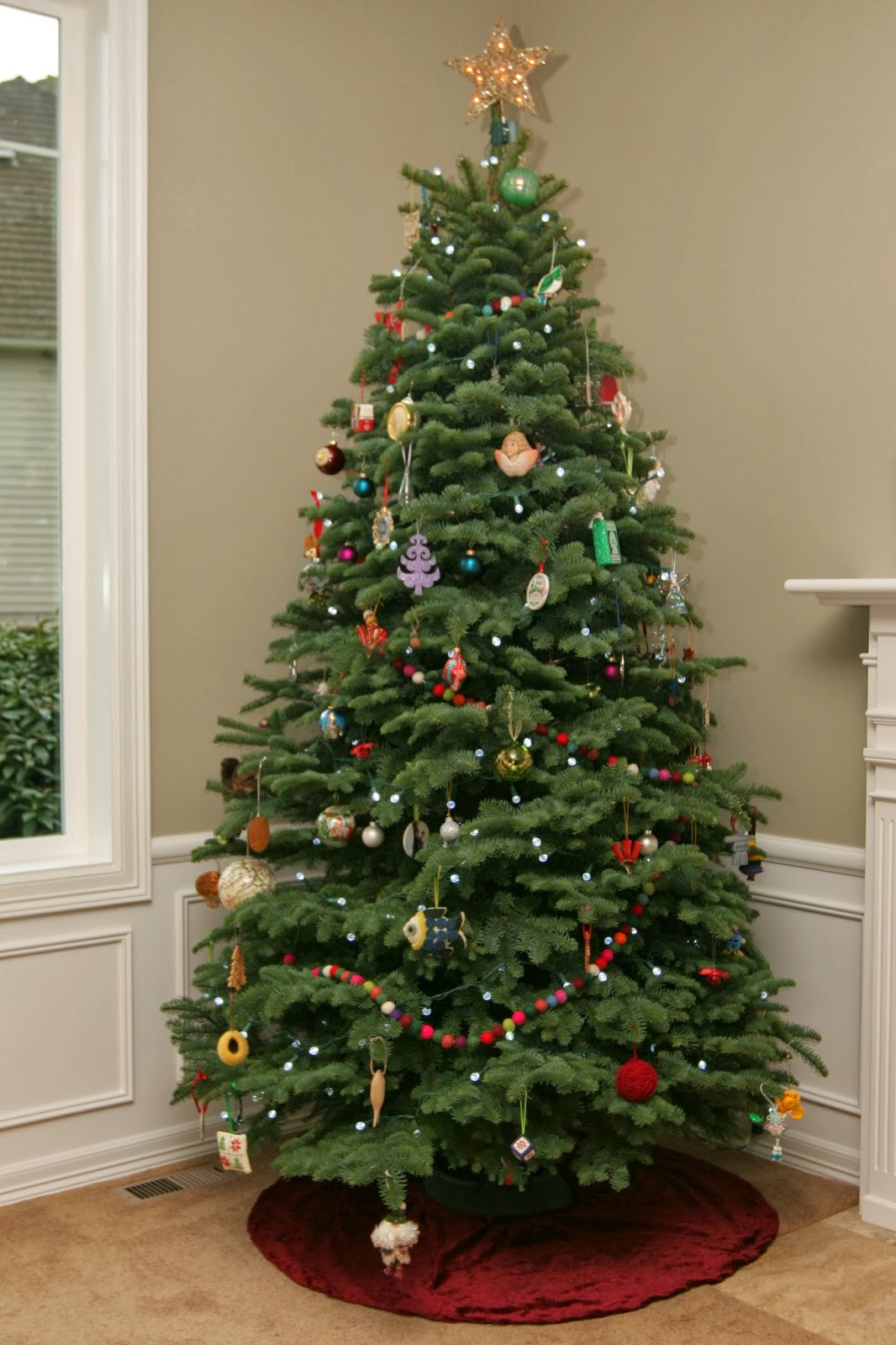 Christmas Trees Without Ornaments without a doubt: a pinterest christmas: felt ball garland