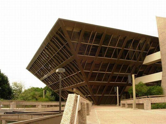 Single Floor Elevation Front : Unique building designs kerala home design and floor plans