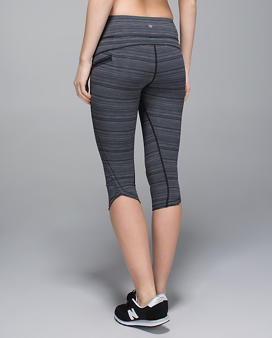 lululemon top speed crop