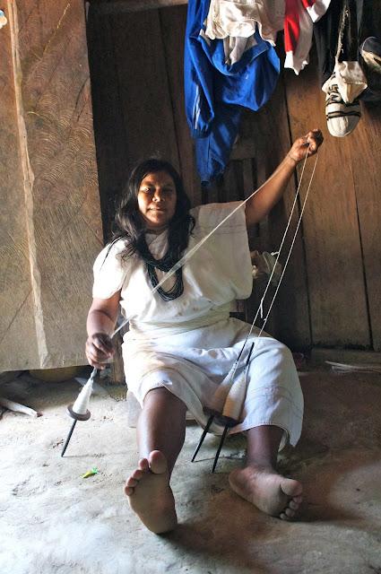 Indígena arhuaca Colombia de una