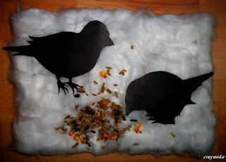 ptaki na śniegu z waty