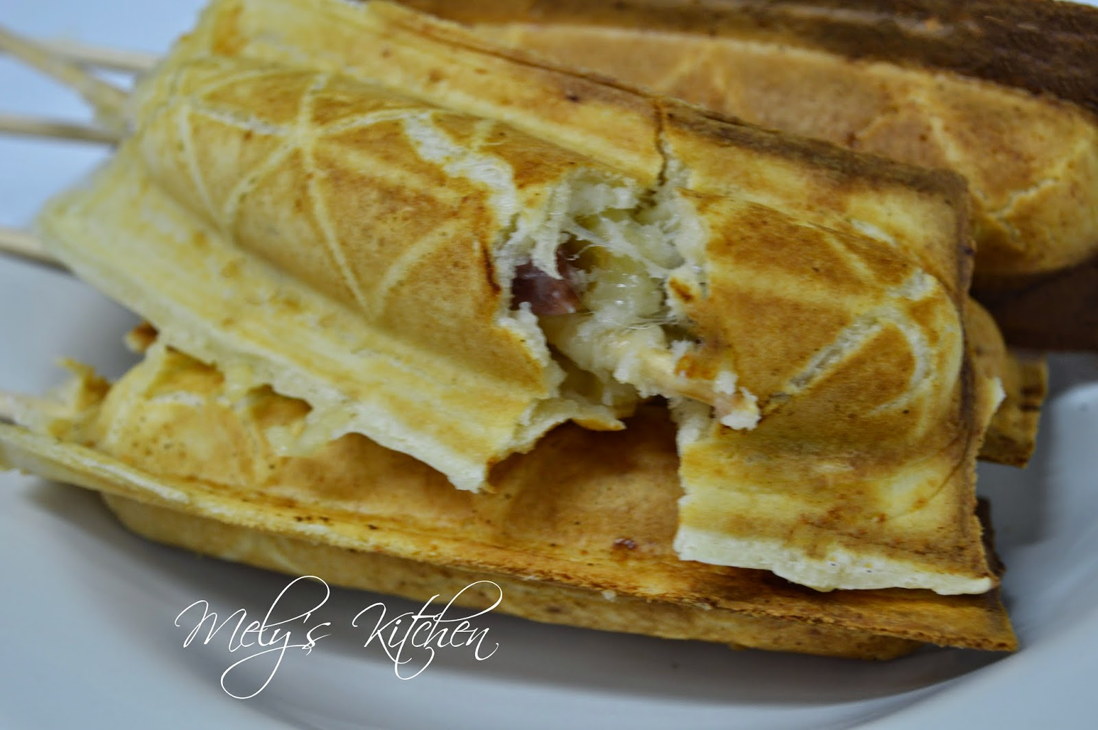 Ham and Cheese Waffles - Mely's kitchen