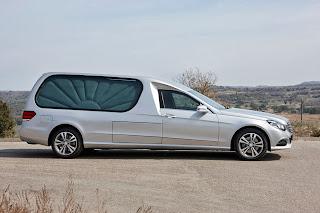 Limousine funéraire AURA  Mercedes Benz Classe E