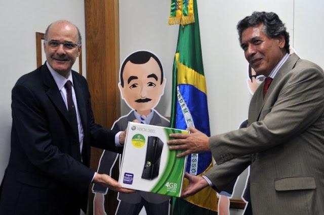Xbox 360 fabricado no Brasil