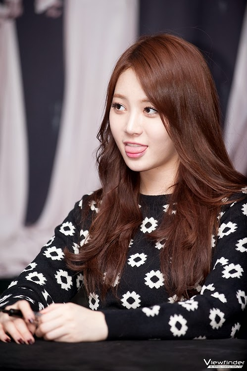 Yura Girl's Day Adorable Dork
