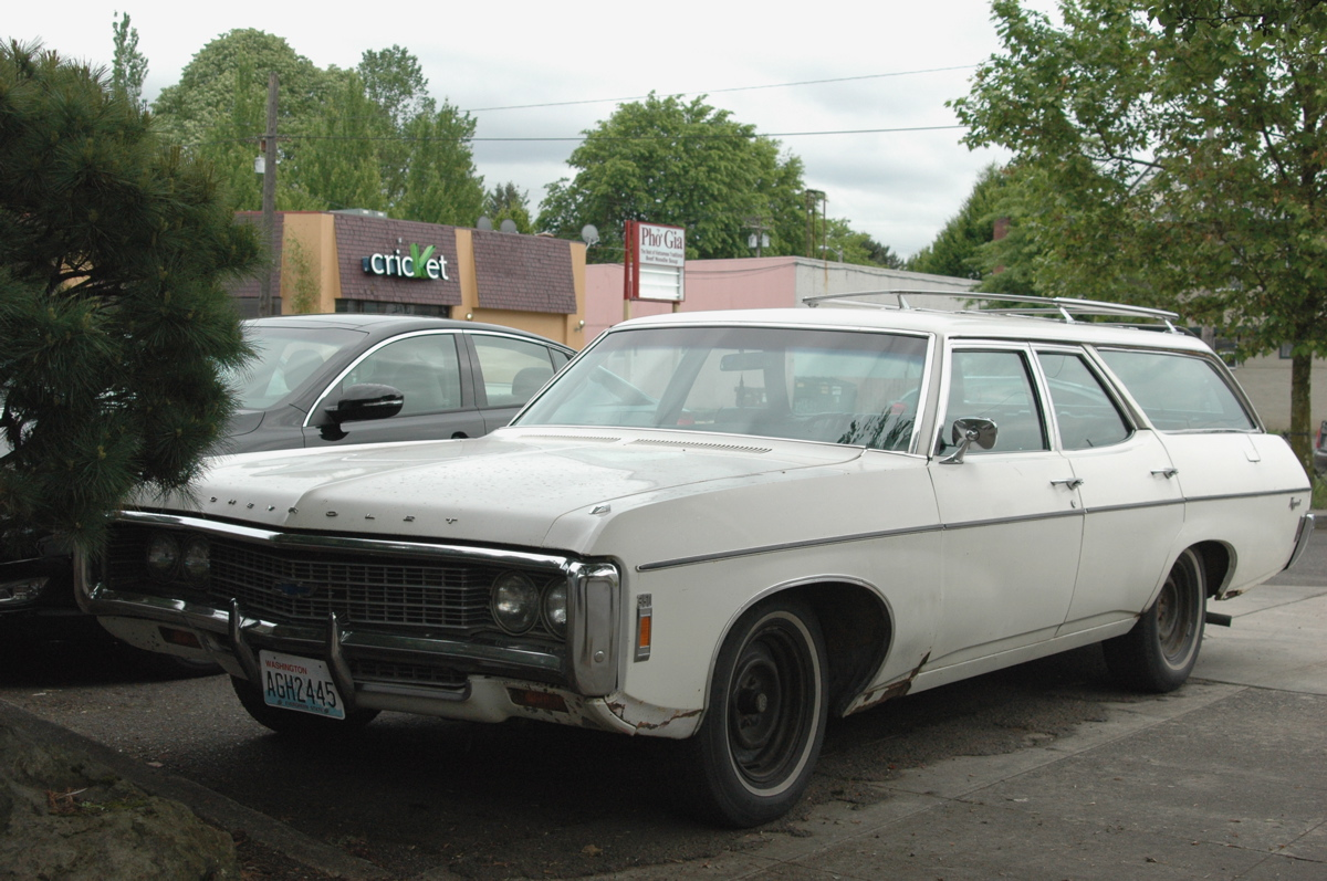 1969 Chevrolet Kingswood Estate Wagon http://www.oldparkedcars.com/2012/06/1969-chevrolet-kingswood-wagon.html