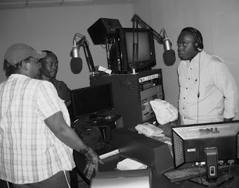 SIKILIZA PRAISE POWE REDIO        LISTEN TO PRAISE POWER RADIO                         99. 3 FM