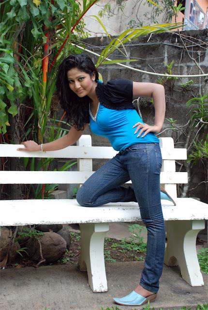 Lochana Imashi, Srilankan hot Models, Lankan Hot Girls
