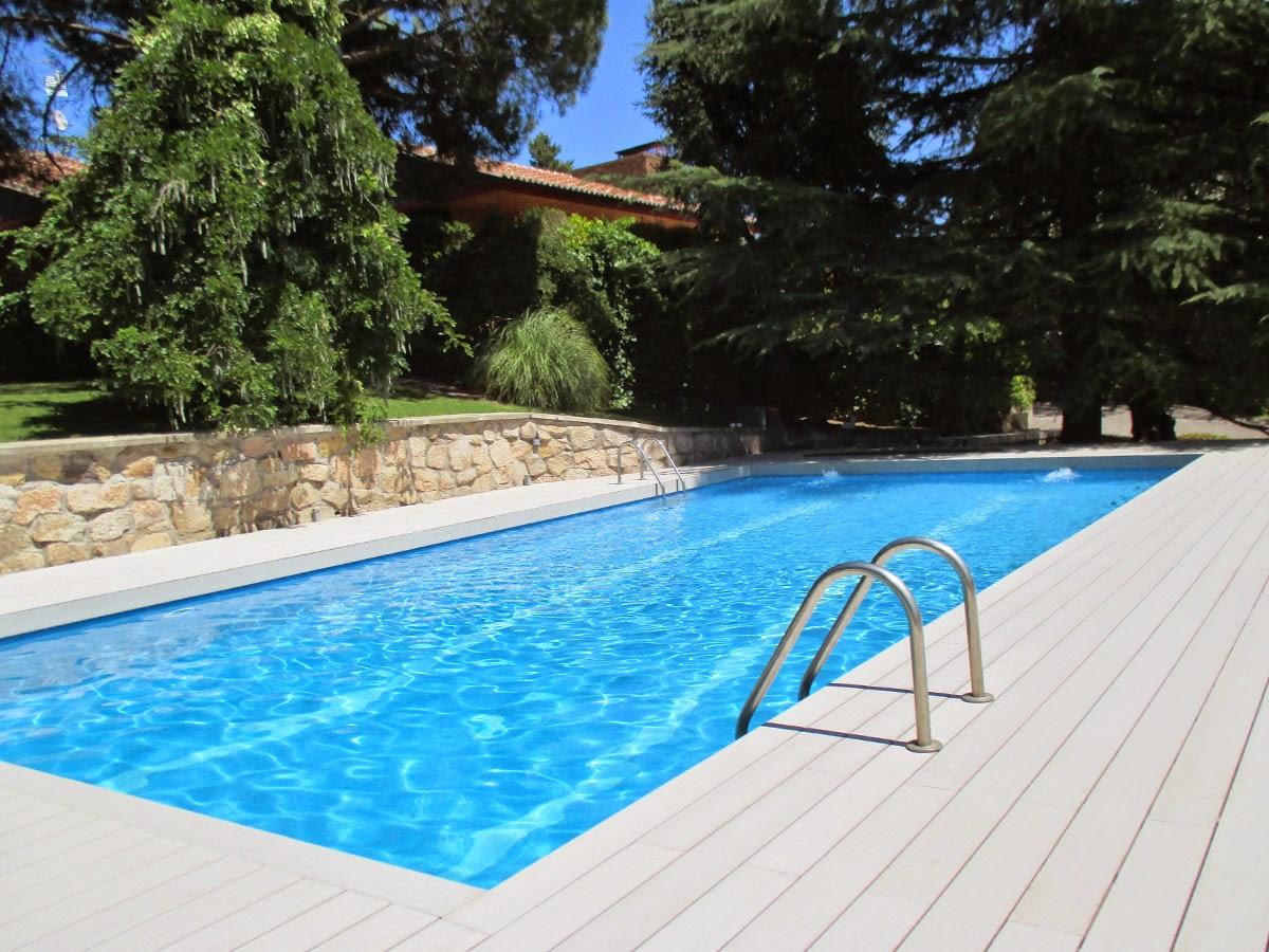 Tarima para piscinas cheap tarima tecnolgica para piscina - Tarima para piscinas ...