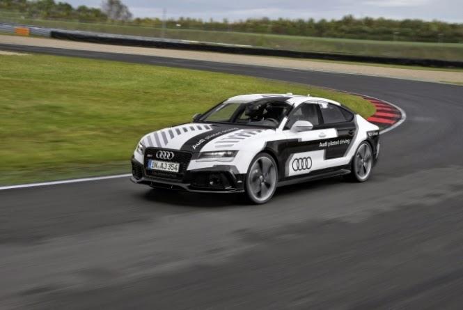 A marca alemã espera que o modelo sem motorista do RS7 faça tempos parecidos com os de pilotos profissionais