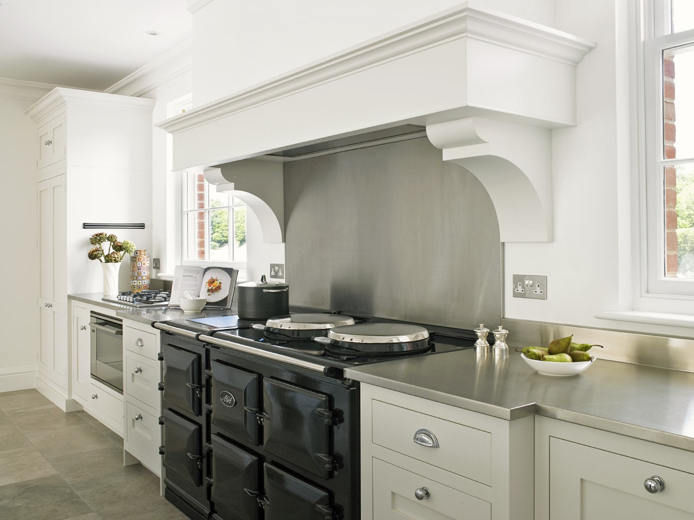 Una delicia para aut nticos chefs cocinas con estilo for Cocinas clasicas pequenas