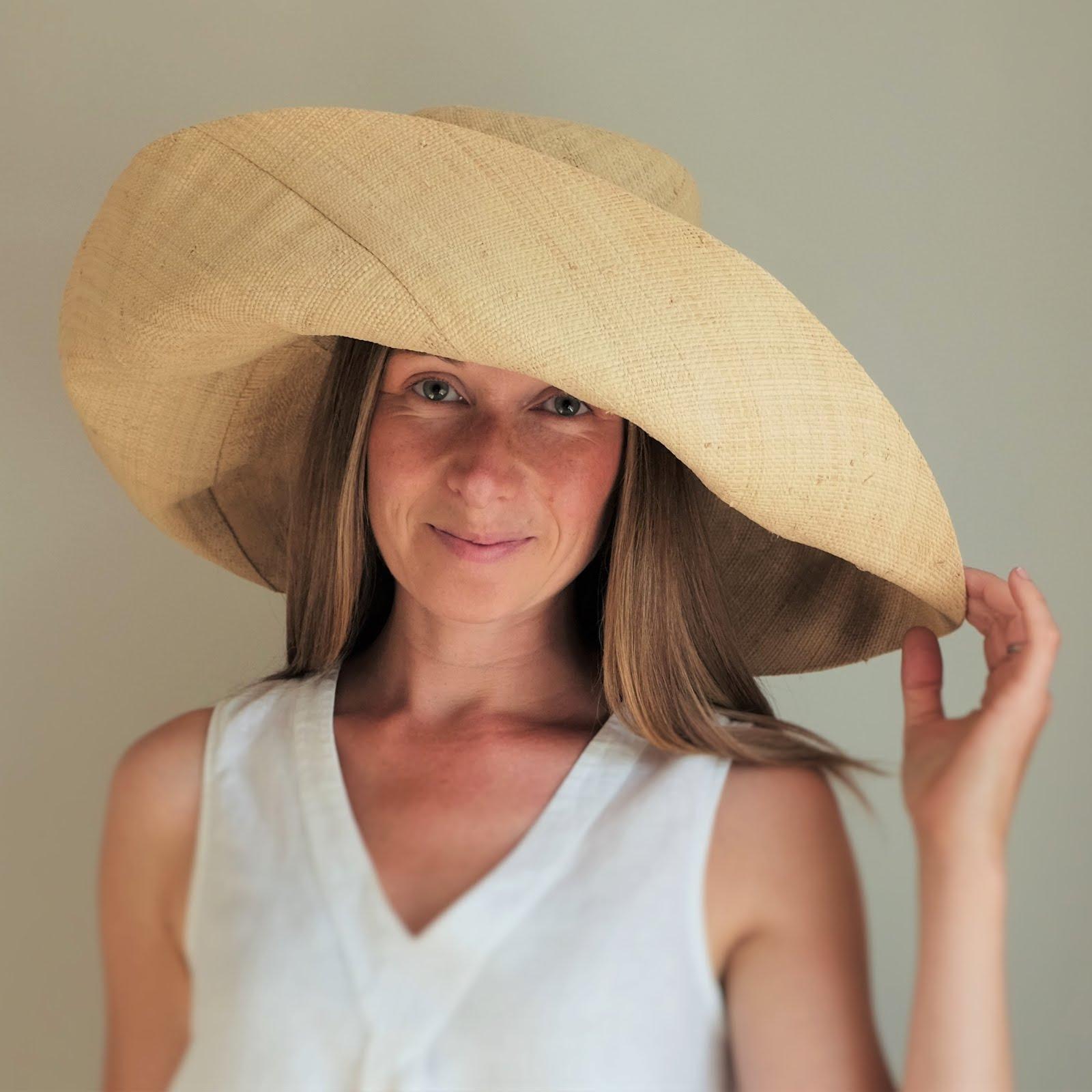 Fold up large brim straw hats