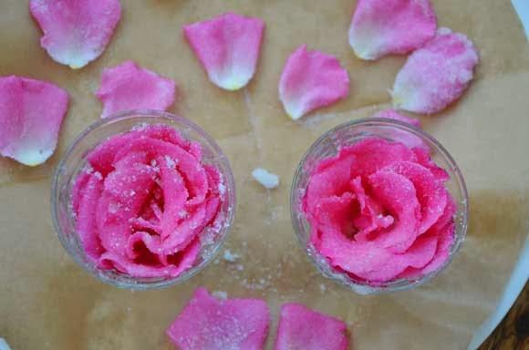 Hoe suiker je rozen bladeren