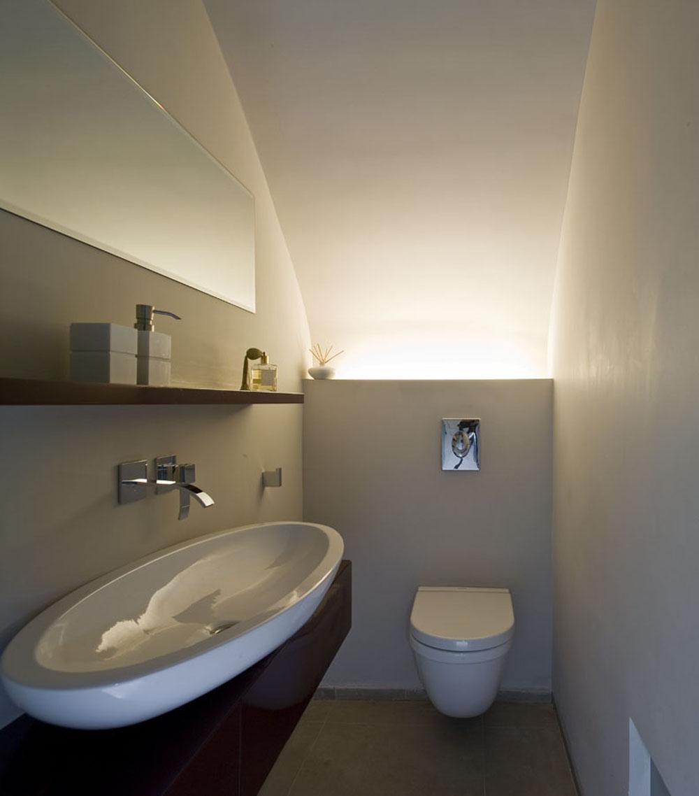 Simple Minimalist Bathroom