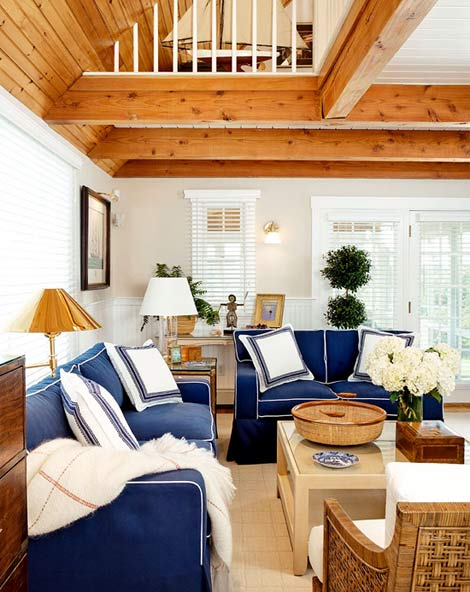 Nantucket Living Room Sofa