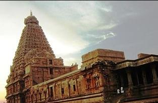 Candi Thanjavur, 342 km dari Chennai - India