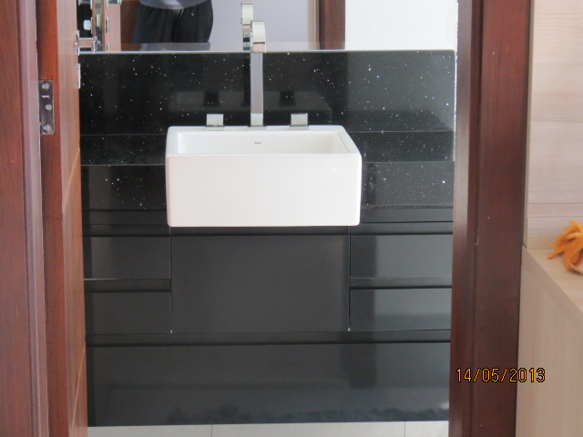Construindo um Castelinho Armário de Banheiro em Laca Preta -> Armario Para Banheiro Ribeirao Preto