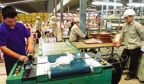 Sản xuất tại nhà máy gạch Đồng Tâm