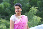 Swathi Dazzling in Pink saree-thumbnail-2