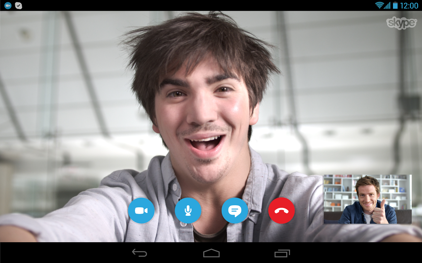 Skype picture-in-picture video chat