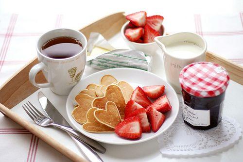 Resultado de imagem para bandejas de café da manhã
