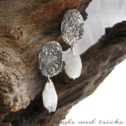Orecchini a lobo in argento 800 e 925 e pietra di luna (adularia)
