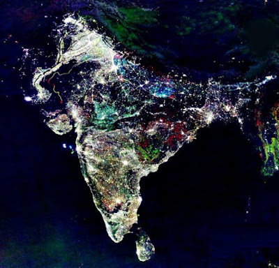 It is the turn of Zee News Hindi to fall for the fake Diwali night satellite picture of India.    Zee News Hindi carried a report, on Thursday, on the satellite image claiming that was how Diwali fireworks looked from space.
