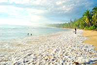 Dahican Beach , Davao Oriental