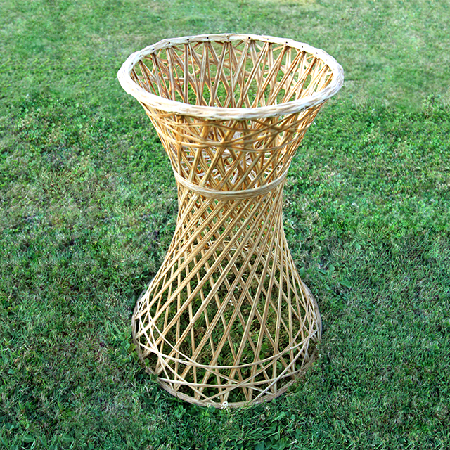 #thriftscorethursday Week 74 Wicker Plant Stand | www.blackandwhiteobsession.com