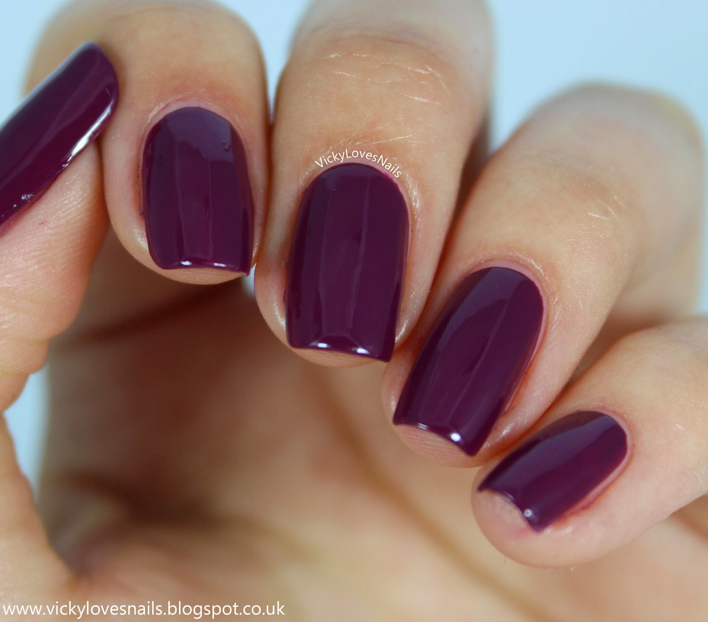 Vicky Loves Nails!: Pick A Polish: Zoya - Margo