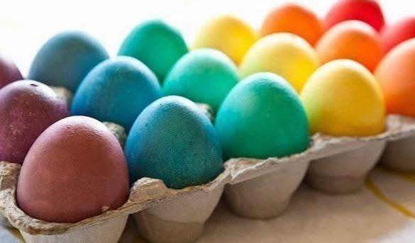 C mo hacer huevos con confeti cositasconmesh for Como hacer confeti