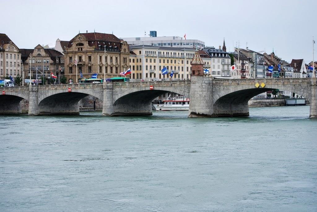 Rio Reno - Basel Suíça