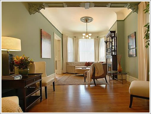 Family room decorating family room decorating ideas pictures for Redecorating living room ideas