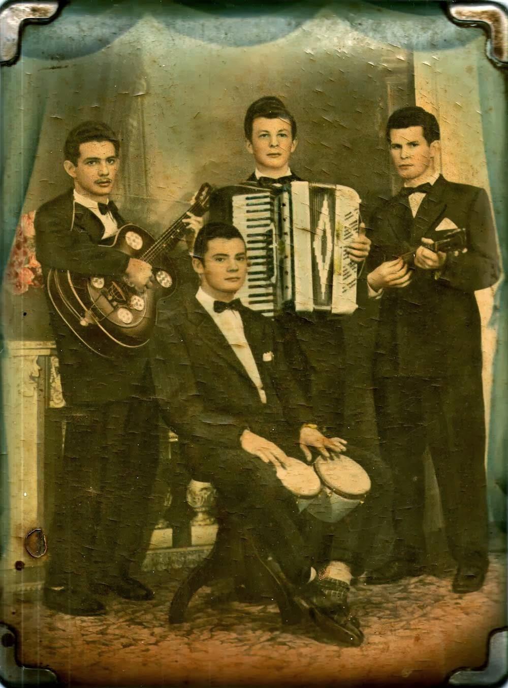 Vila Santa Isabel, Música Popular Brasileira, Conjuntos Musicais, História de São Paulo, Zona Leste de São Paulo, Vila Formosa, Vila Carrão