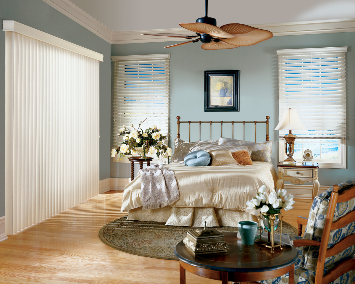 blinds 4 less bedroom window treatments 3 ideas you can use. Black Bedroom Furniture Sets. Home Design Ideas