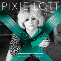 PIXIE LOTT, NMERO UNO EN DESCARGAS DIGITALES DE CANCIONES Y SENCILLOS EN REINO UNIDO