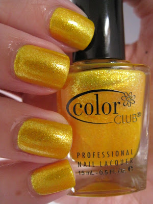 Color-Club-nail-polish-Daisy-Does-It